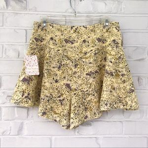 Free People Shallow Waters Short Size 6 NWT